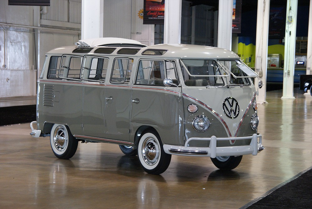 Image gallery 1963 volkswagen samba for 1963 vw bus 23 window